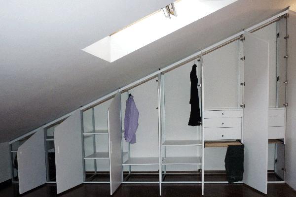 armadio mansarda perpendicolare colmo
