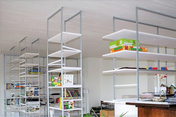 Libreria bianca, Leggera Marcaclac