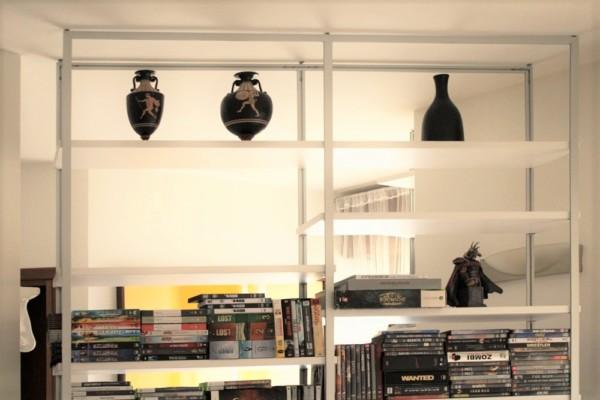 Libreria porta TV modello Leggera di Marcaclac - sospesa a soffitto