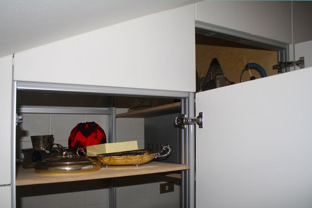 armadio parete cucina