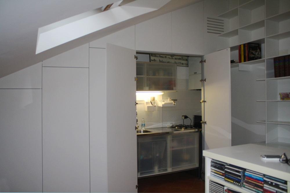 Marcaclac mobili evoluti armadio parete armadio cucina armadio libreria marcaclac mobili - Cucine per mansarde basse ...