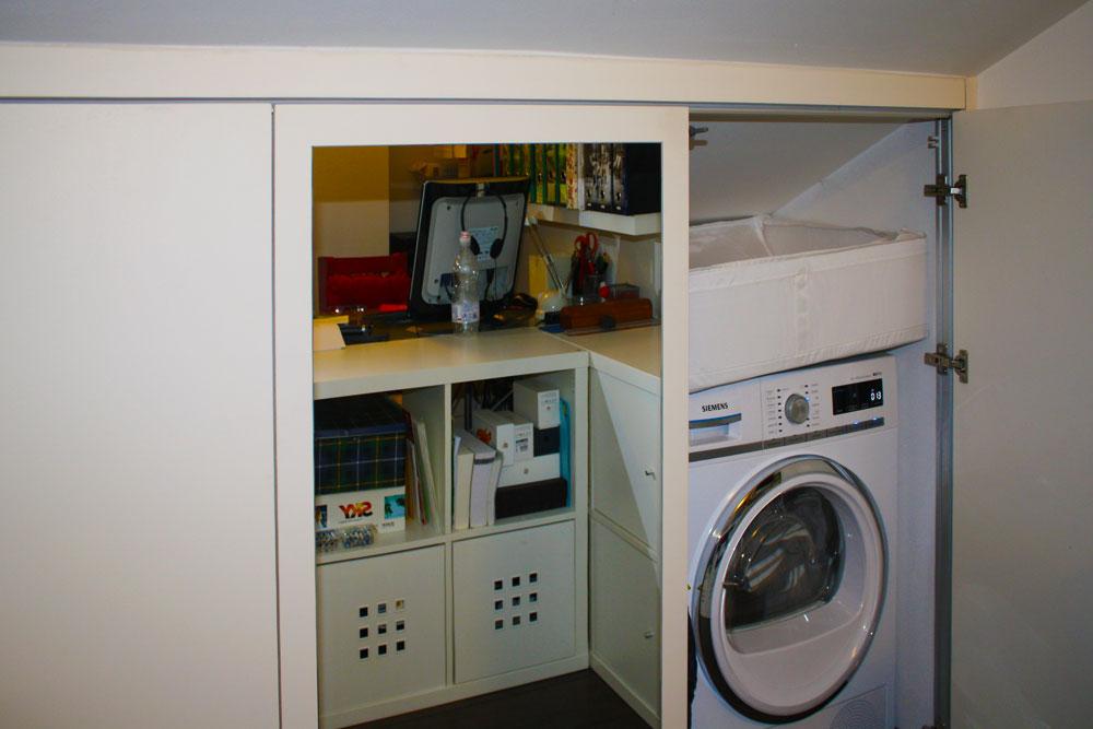 Ultima Anta dell'armadio con Lavatrice