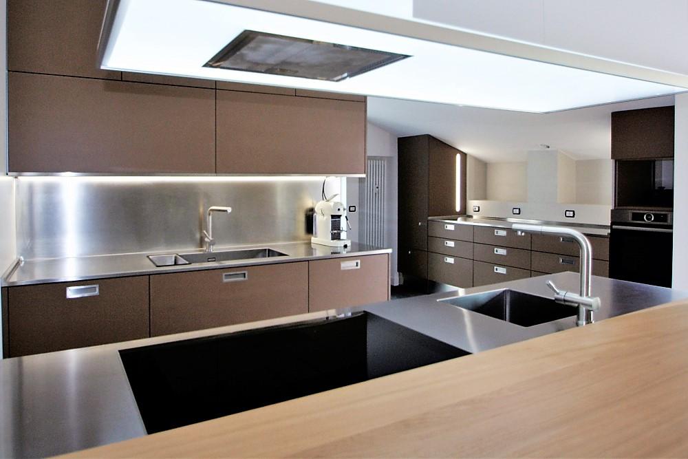 Marcaclac mobili evoluti cucina su misura un armadio e due armadi mansarda tutto perso - Mobili cucina su misura ...